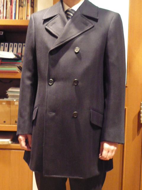 ドレス対応のP-コートをオーダーしました。