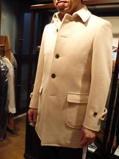普段着のアンゴラ・コートを制作。